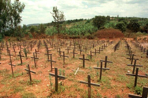 Cintorín obetí genocídy v Rwande.
