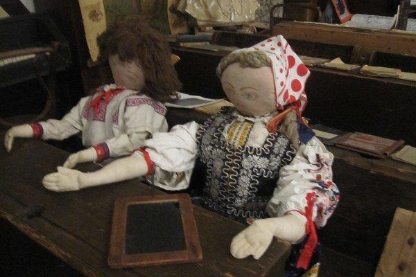 Expozícia Školy našich predkov je súčasťou stálej expozície Múzea B. S. Timravy.