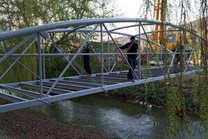 Most je súčasťou siete cyklociest Eurovelo 11.