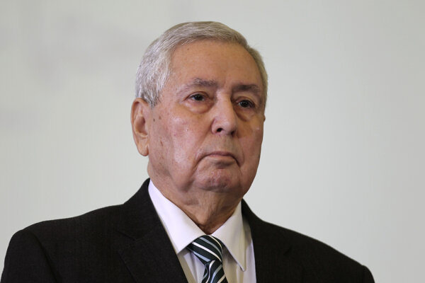 Dočasný alžírsky prezident Abdalkádir Binsaláh.