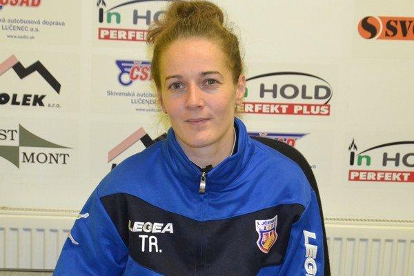 Okrem toho, že má Radana Árvaiová pod palcom žiačky LAFC, je aj hráčkou a kapitánkou druholigového tímu žien Lučenca.