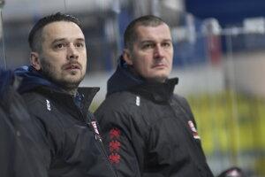 Tréner Viliam Čacho (vľavo).