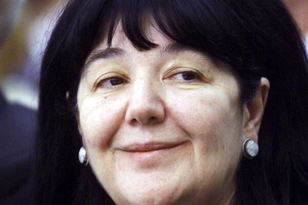 Na archívnej snímke z 28. novembra 2000 je Mirjana Markovičová.