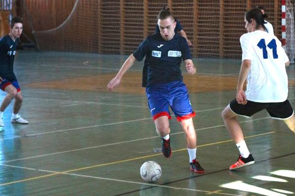 V pondelok odštartovala Krajská futbalová liga pre žiakov stredných škôl.