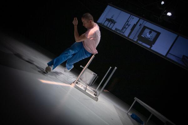 Na festivale NuDance Fest 2019 bola minulý víkend prezentovaná aj choreografia slovenského choreografa Yuriho Koreca HABIBI.