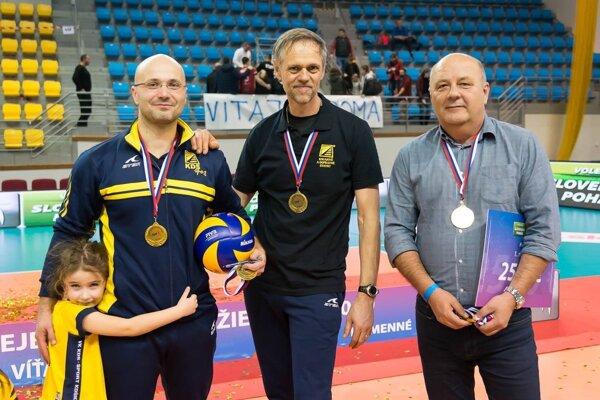 Trojica mimoriadne dôležitých mužov pre VK KDS Šport Košice - zľava Dávid Šalata, Richard Vlkolinský a Milan Šimoňak.