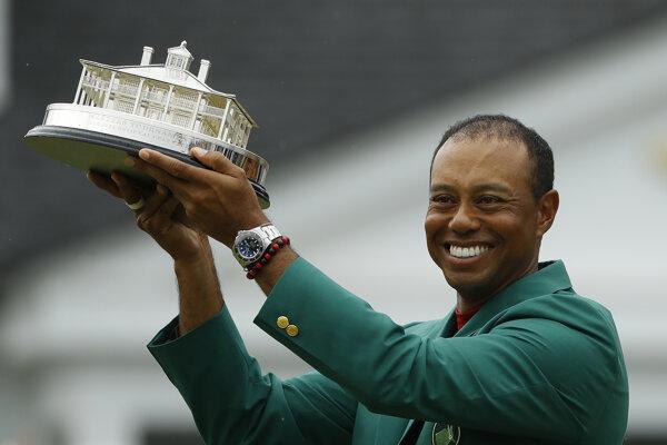 Tiger Woods po triumfe na turnaji Masters.