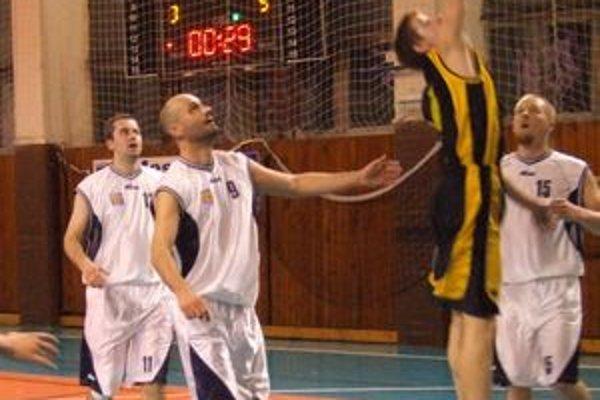V dueli Daskit Lučenec - Inter Bratislava B to pod košmi vrelo.