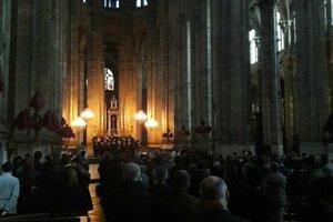 Obrady Veľkého piatku v chráme Saint Eustache