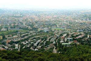 Vyhliadková veža v Košiciach vysoká 21,51 m sa nachádza v mestskom lesoparku na kopci Hradová. Je postavená vo výške 466 m n.m. a zo svojho vrcholu poskytuje výhľad nielen na Košice, ale ja na široké okolie.
