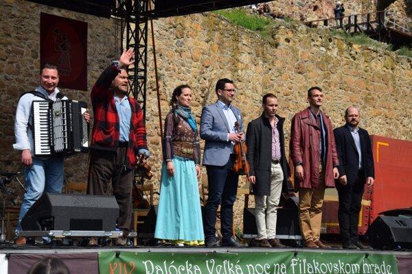 Herczku Ági és a Banda z Budapešti sa lúči.