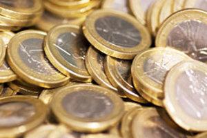 Jednoeurové mince. Pre falšovateľov boli menej príťažlivé.