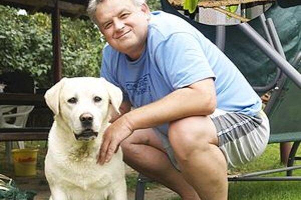 Primátor Hnúšte Michal Bagačka je dobrý manažér i skvelý chovateľ.
