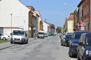 Kritizovaná bola Slovenská ulica, ktorá potrebuje rekonštrukciu.