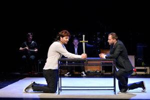 Divadlo Jána Palárika v Trnave uvádza hru Kompletný Shakespeare zhltnutý za 120 minút
