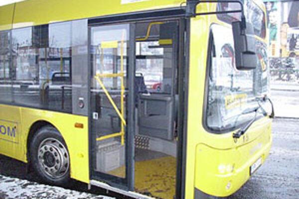 Autobusy v regióne ročne prepravia 9 miliónov cestujúcich.