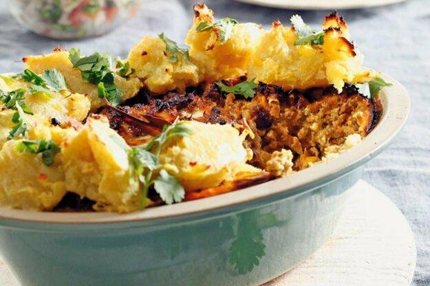 Mäsový karí koláč so zemiakmi