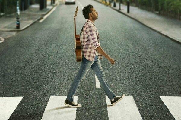 Himesh Patel ako hudobník Jack Malik. Na svete nie je Beatles, iba on.