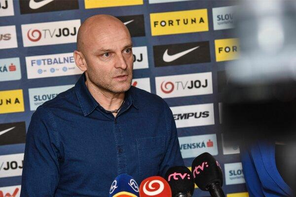 Na snímke tréner slovenskej futbalovej reprezentácie do 21 rokov Adrian Guľa.