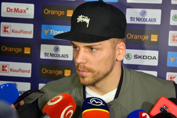Hráč z NHL Erik Černák.