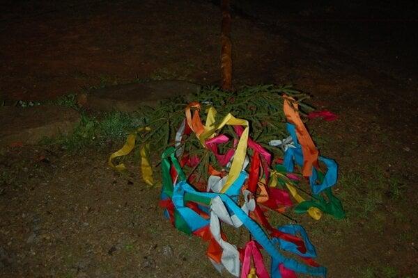 Stavanie májov skončilo v Brezovici tragédiou.