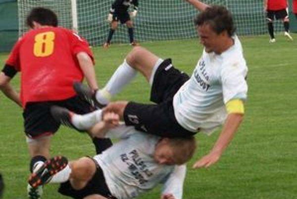 Futbalisti Ružinej potešili svojich fanúšikov.
