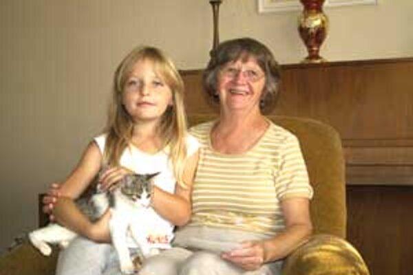 Pani Jarmila Belková mala rada všetky deti. S niektorými sa doteraz stretáva.