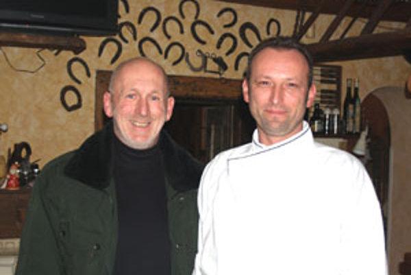 Artur Parol (vpravo) by najradej vyradil z jedálneho lístka vyprážané jedlá.