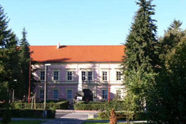 Kresby a maľby Štefana Kocku sú vystavené v Gemersko-malohontskom múzeum v Rimavskej Sobote.
