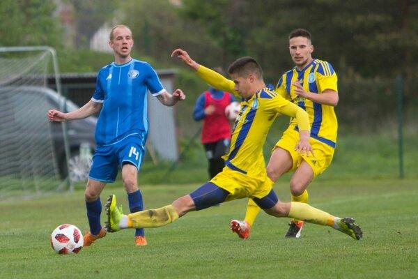 Boj o záchranu v druhej lige sa zúžil na dva tímy - Lokomotívu Košice a Trebišov.