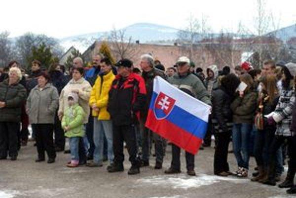 Odvolávanie starostky Kamenian sa začalo po februárovom zhromaždení Slovenskej pospolitostiv obci.