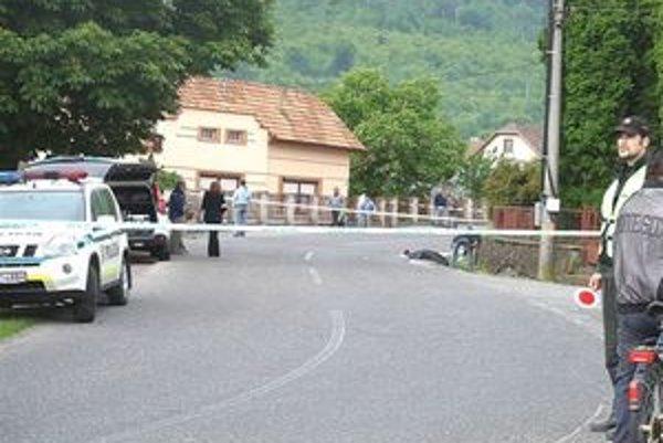 Tragický incident sa stal po predchádzajúcom slovnom konflikte v blízkosti hodejovského evanjelického kostola.