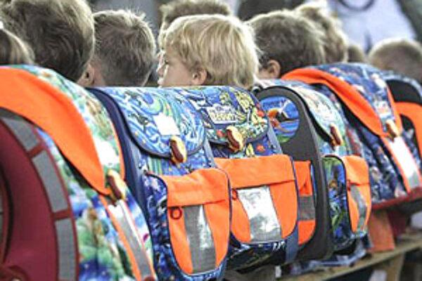 Riaditelia sa sťažujú na nezáujem rodičov spolupracovať pri riešení záškoláctva.