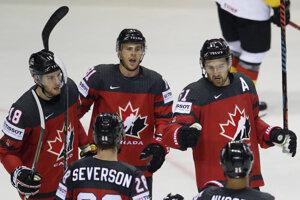 Momentka zo zápasu Kanada - Nemecko na MS v hokeji 2019. Radosť kanadských hráčov.