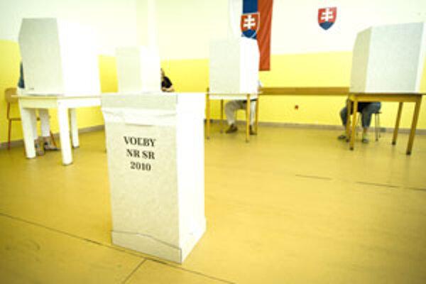 V dnešných parlamentných voľbách môžete odovzdať svoj hlas do 22.00 hod.