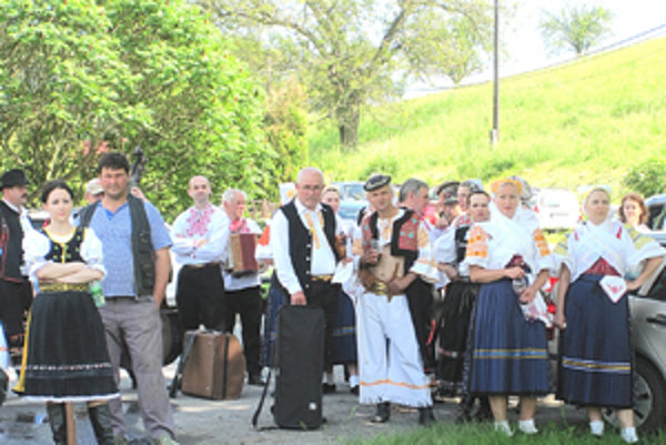 Folkloristi svojim vystúpením prispeli k dobrej nálade.