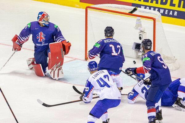 Momentka zo zápasu Slovensko - Veľká Británia na MS v hokeji 2019.