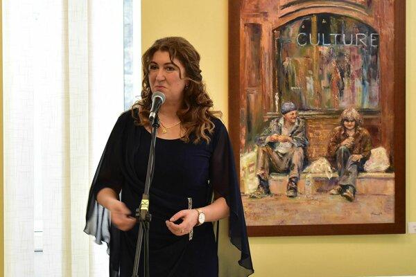 Ala Teicherová na otvorení výstavy v Kine Mier v Považskej Bystrici.