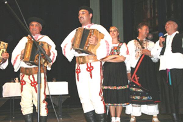 Organizátori Klenovskej rontouky tohto roku ponúkli návštevníkom nielen spev, hudbu a tanec, ale i viacero sprievodných podujatí.