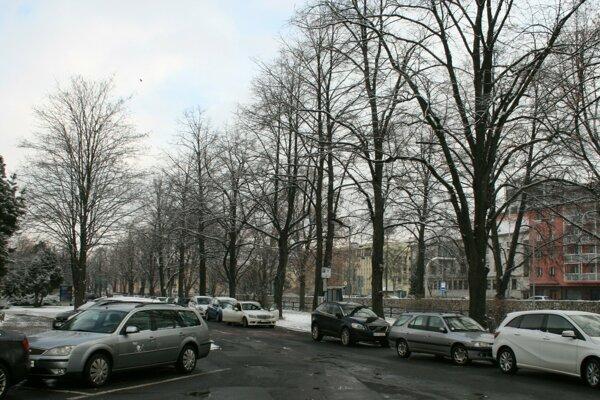 V Poprade zvýšili ceny parkovného.