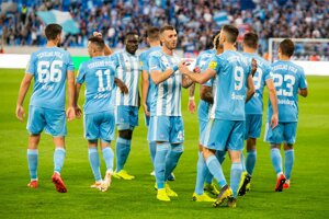 Hráči Slovana oslavujú gól  v zápase záverečného 10. kola nadstavbovej časti Fortuna ligy o titul ŠK Slovan Bratislava - ŠKF iClinic Sereď.