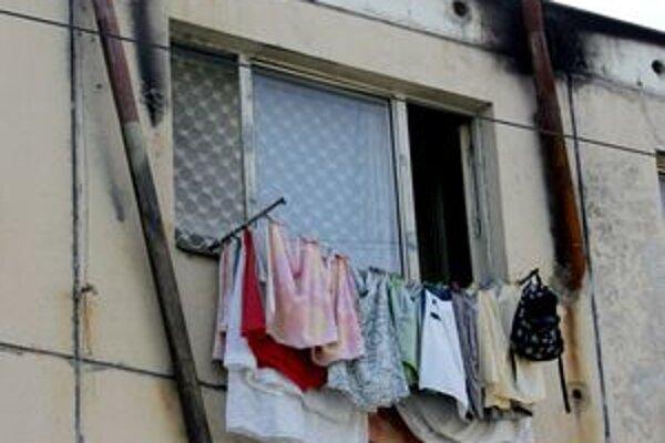 Bytové domy na Dúžavskej ceste v Rimavskej Sobote sú v katastrofálnom stave.