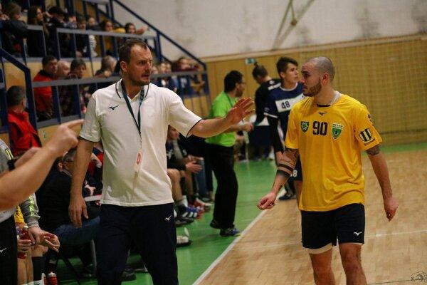 Marek Bozsóky priviedol hádzanárov MHC Štart Nové Zámky do semifinále.
