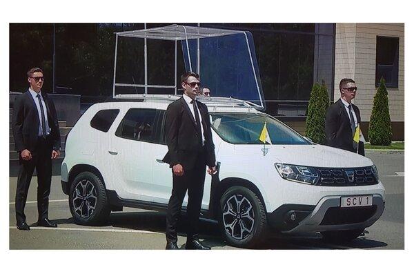 Papamobil Dacia Duster