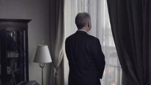 Andrej Kiska v apríli avizoval založenie strany videom s dramatickými prvkami.