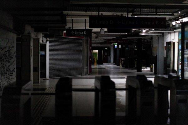 Výpadok v metre v Buenos Aires.