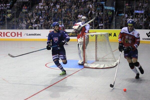 Patrik Svitana (vľavo) už zažil s hokejbalom pekné chvíle.