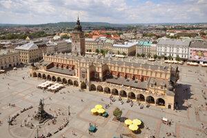 Hlavné námestie v Krakove je naozaj mimoriadne krásne.