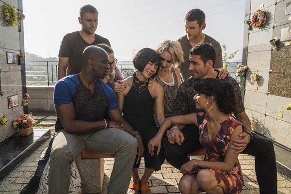 Zrušenie úspešného seriálu Sense8 vyvolalo sklamanie fanúšikov.