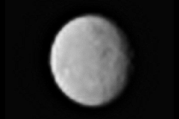 Nový záber trpasličej planéty Ceres.